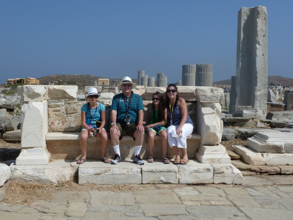 Family posing in Delos