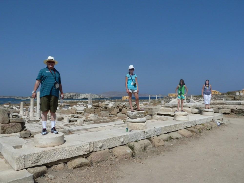 Posing in Delos